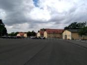 Buchenwald, gli edifici che ospitavano i soldati tedeschi. Oggi sono utilizzati per attività inerenti alla storia del campo