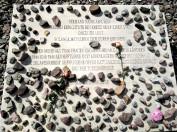 Buchenwald, la lapide che ricorda le donne e le ragazze deportate come lavoratrici forzate