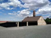 L'edificio che ospitava il forno crematorio. Venne usato soprattutto nell'ultimo periodo di gestione del campo da parte delle SS